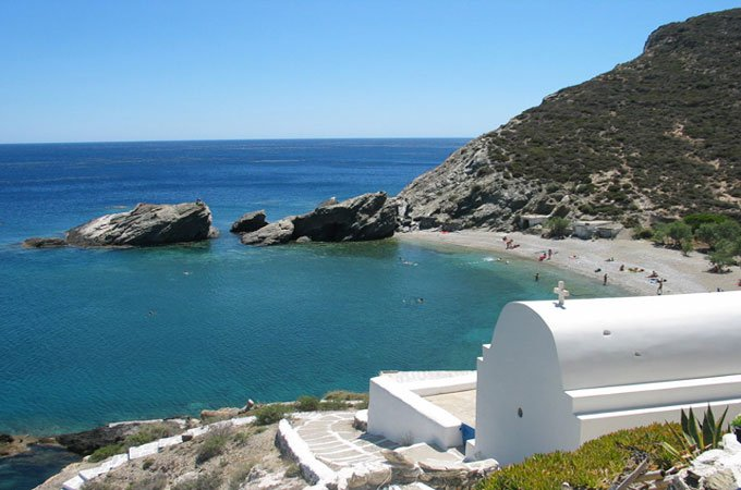 Hiking in Folegandros island!
