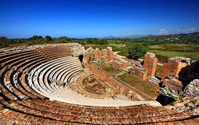 Ancient_Nikopolis_theatre