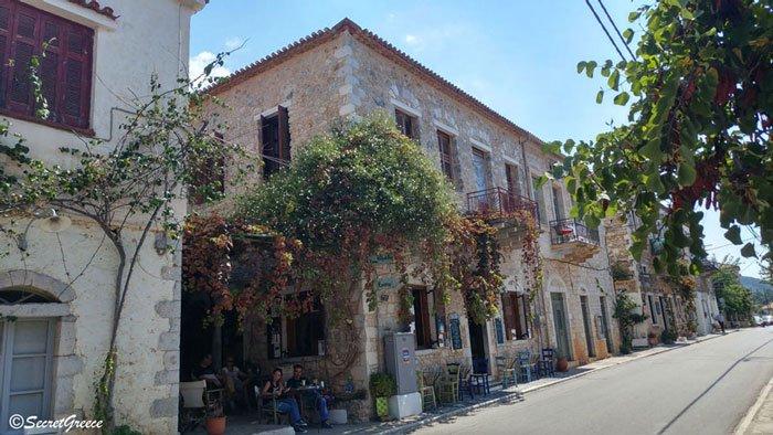 Road trip in Kardamyli, Peloponnese