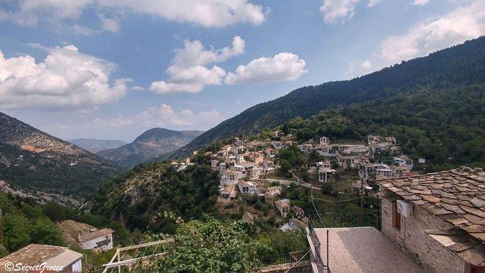 Road trip in Kastanitsa, Peloponnese