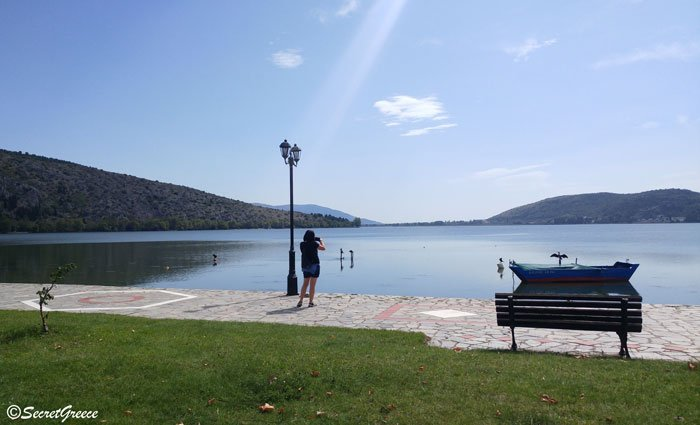 greece_kastoria_lake3