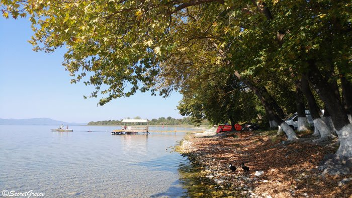 greece_trichonida_lake