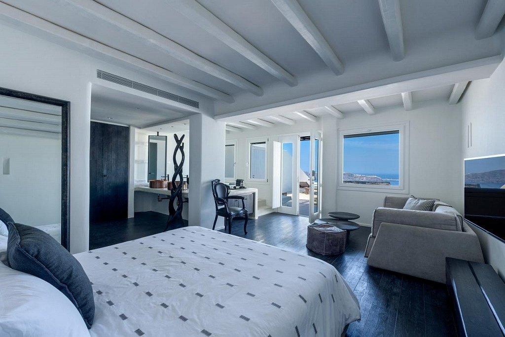 best_hotels_santorini Лучшие отель на Санторини Лучшие отели  Санторини! cavotangoo best hotels santorini 1024x683