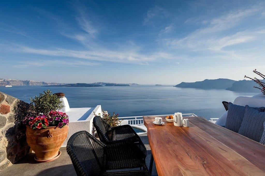 best_hotels_santorini Лучшие отель на Санторини Лучшие отели  Санторини! strogili best hotels santorini 1024x683