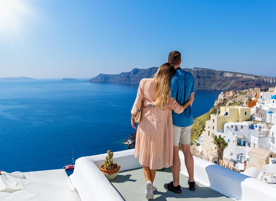 The BEST Honeymoon Destinations in Greece!