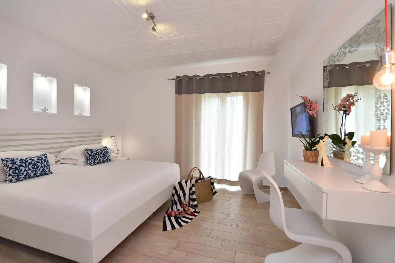 Apollon Best Hotels in Paros island