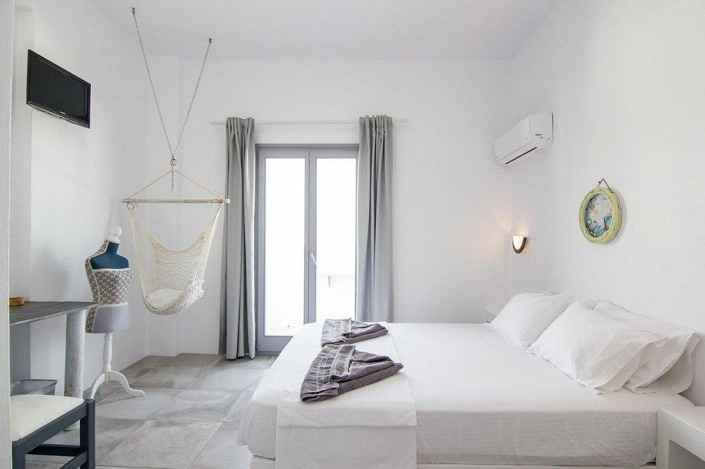 Irini Rooms