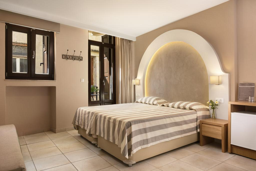 Best Hotels in Chania Morfeas