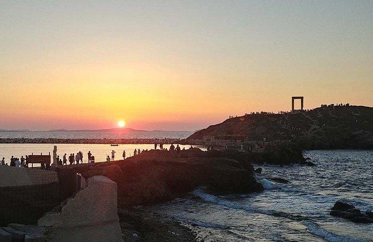 Portara Naxos things to do
