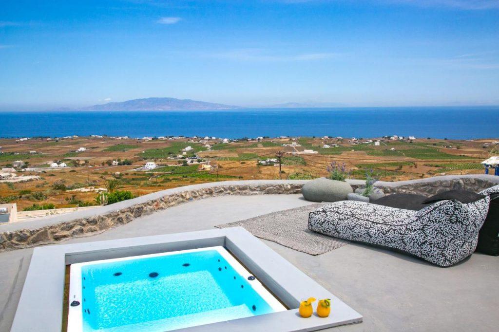 Elysian best hotels in santorini island