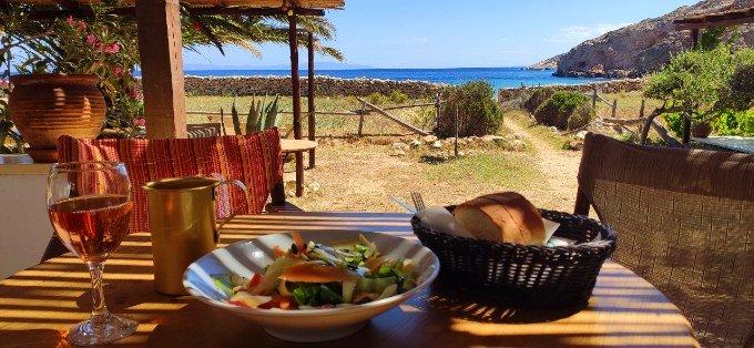 kedros beach bar lunch