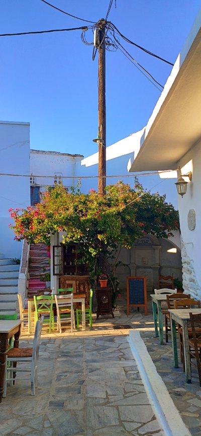 xoreftra restaurant kampos village