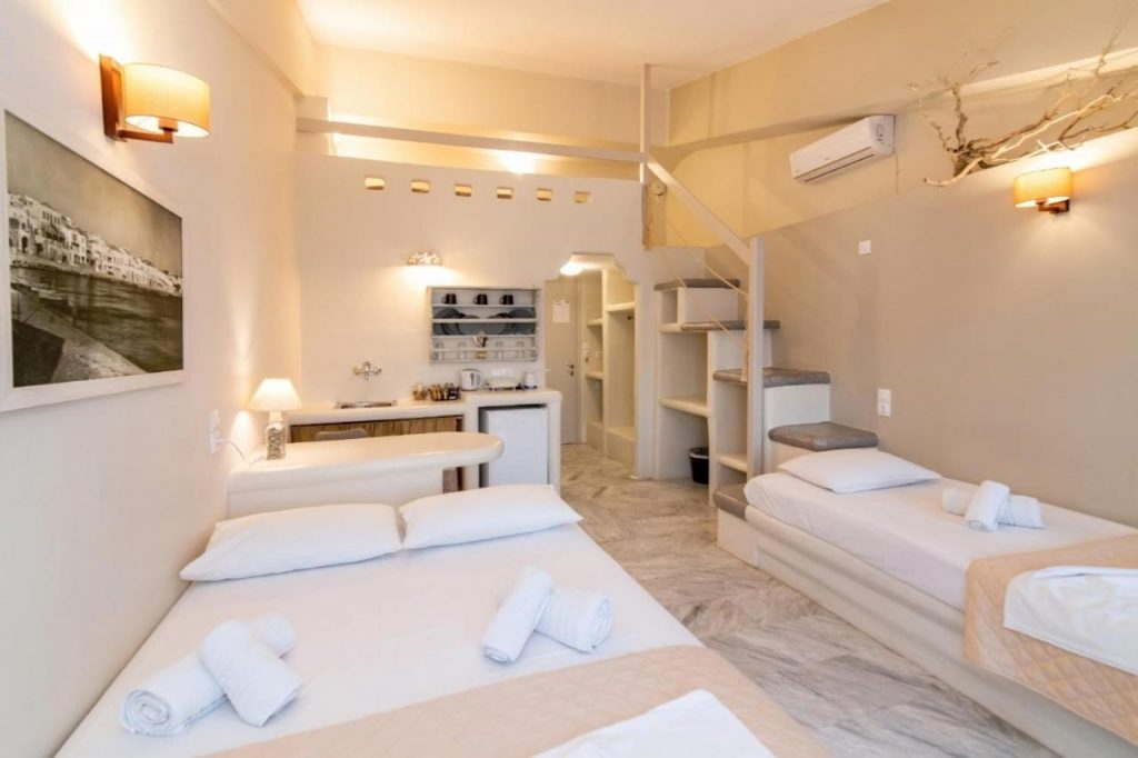 Fratelli Rooms hora tinos