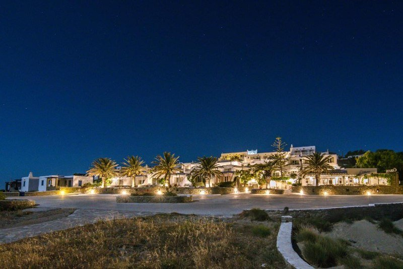 cavos where to stay in tinos